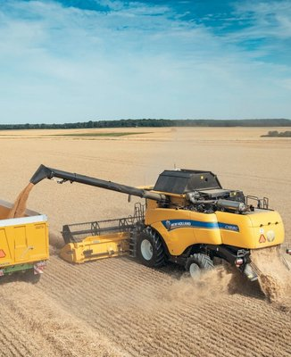 ITT CM93. Cosechadoras CX7 y CX8 de New Holland