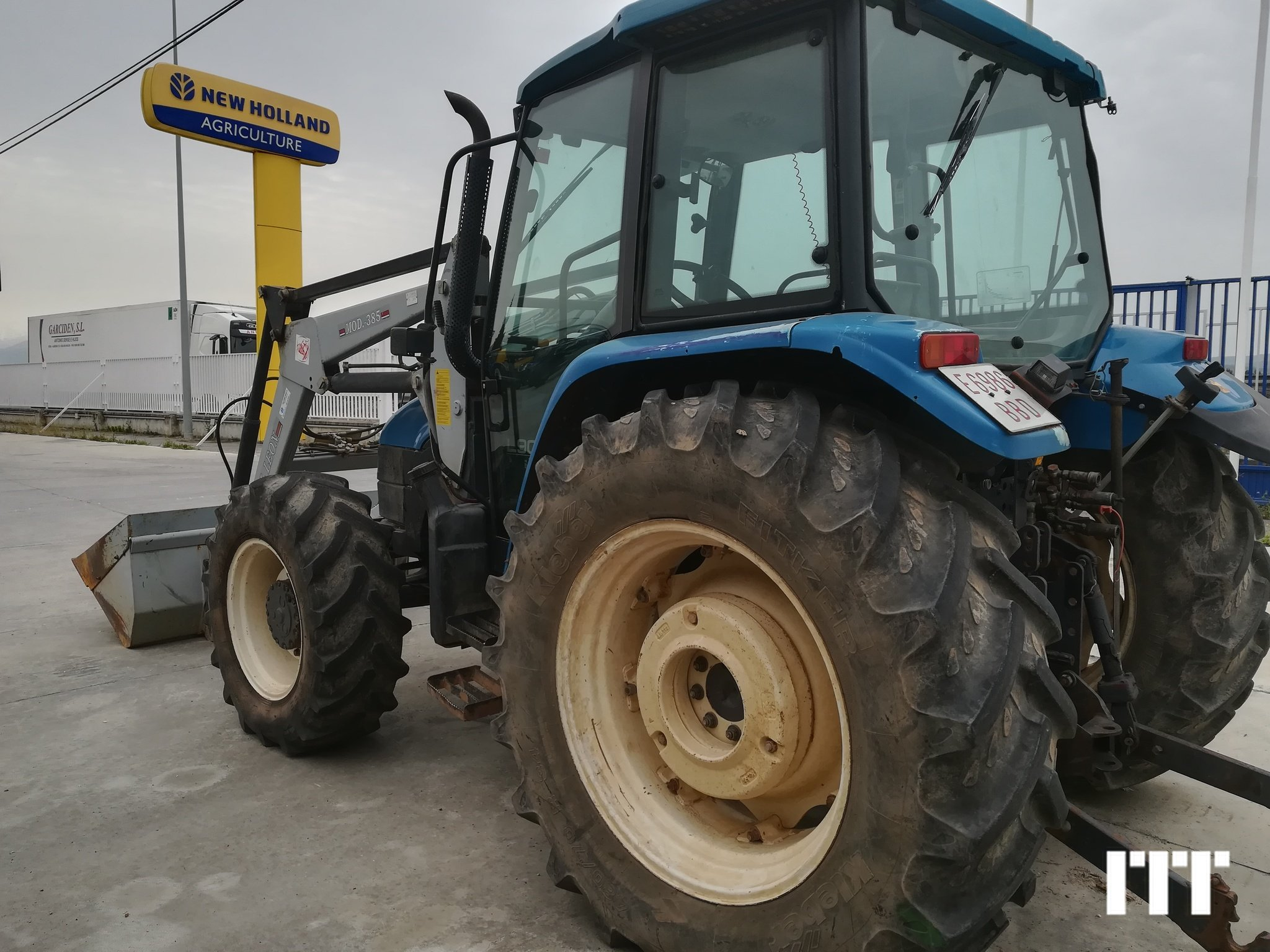 Tractor agricola New Holland TL 90 - 1