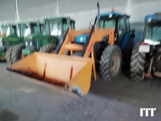 Tractor agricola Ford 7840 - 1